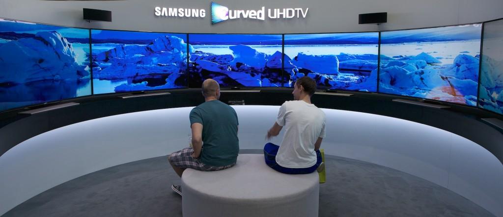 26-IFA 2014 Samsung Native 7xScreens UHD 28K_2